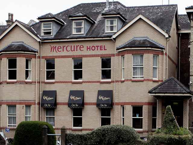 mercure hotel bowden, 20/20 networking group venue